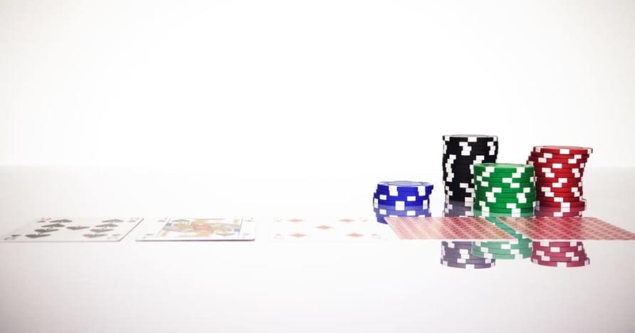 Pochopte pravidlo Blackjack Soft 17 v online hazardních hrách