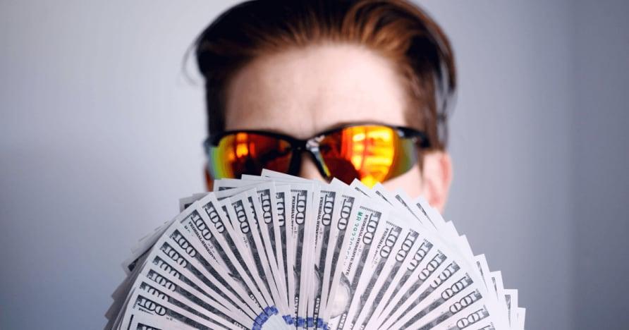 O Texas Holdem Poker
