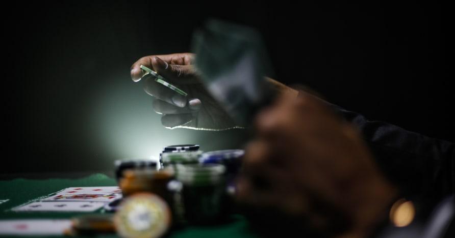 Průvodce Maximalizace Váš vítězný okraj při hraní pokeru